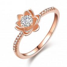 1E0089-16 Кольцо Цветок с позолотой, размер 16