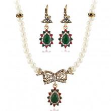 1I0034 Комплект Бант (ожерелье и серьги)