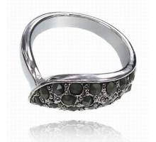 UC094-18 Кольцо с чёрными стразами, размер 18
