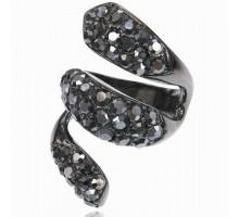 UC151-B Кольцо со стразами Сваровски, цвет чёрный, размер 17